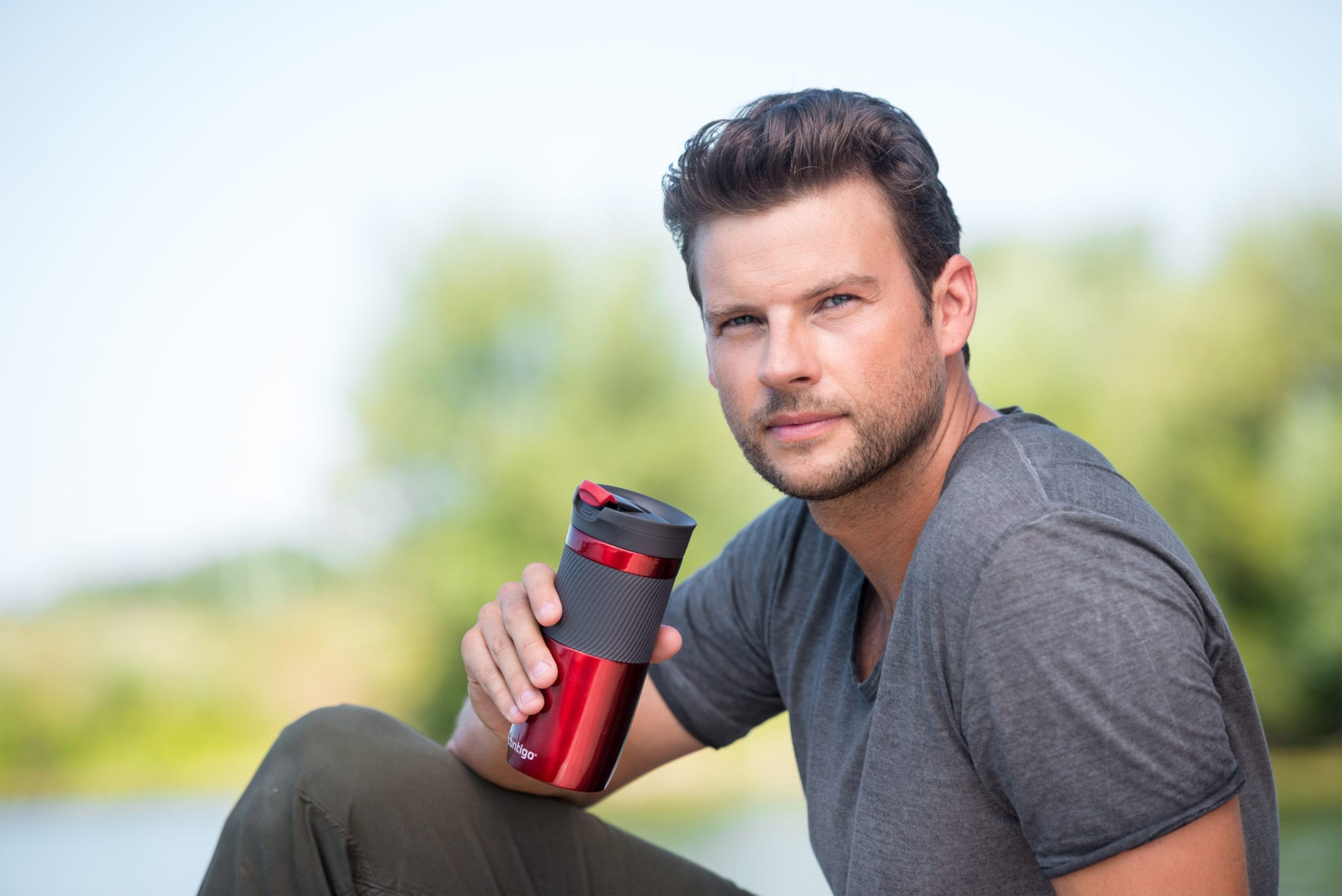 Branded Contigo Byron 470ml Thermo Bottle in Red Man Drinking